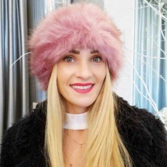 Pink Faux Fur Headband | MODA ME COUTURE