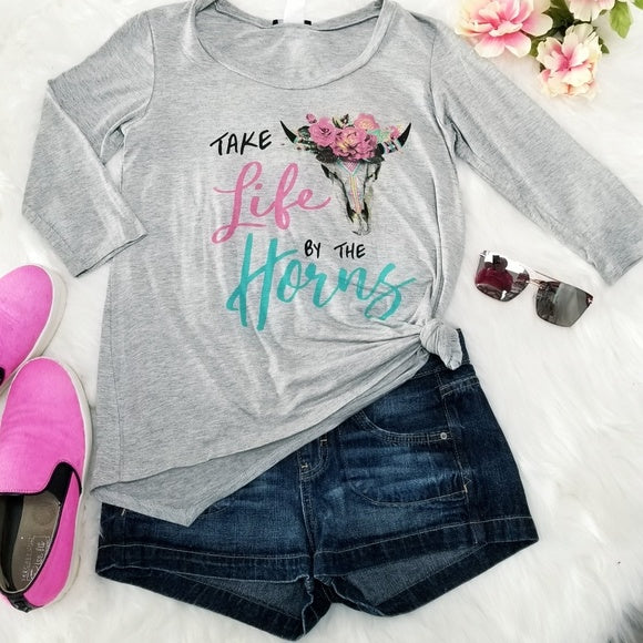 Gray Graphic Top-Tops-Moda Me Couture