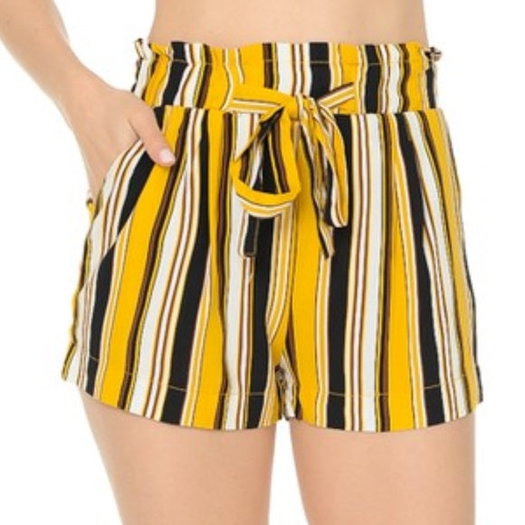 Striped Print Shorts Yellow Black