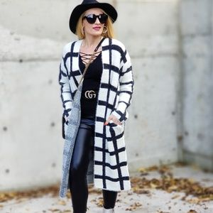 LAVINIA Grid Cardigan with Pockets Black & White-Sweater-Moda Me Couture