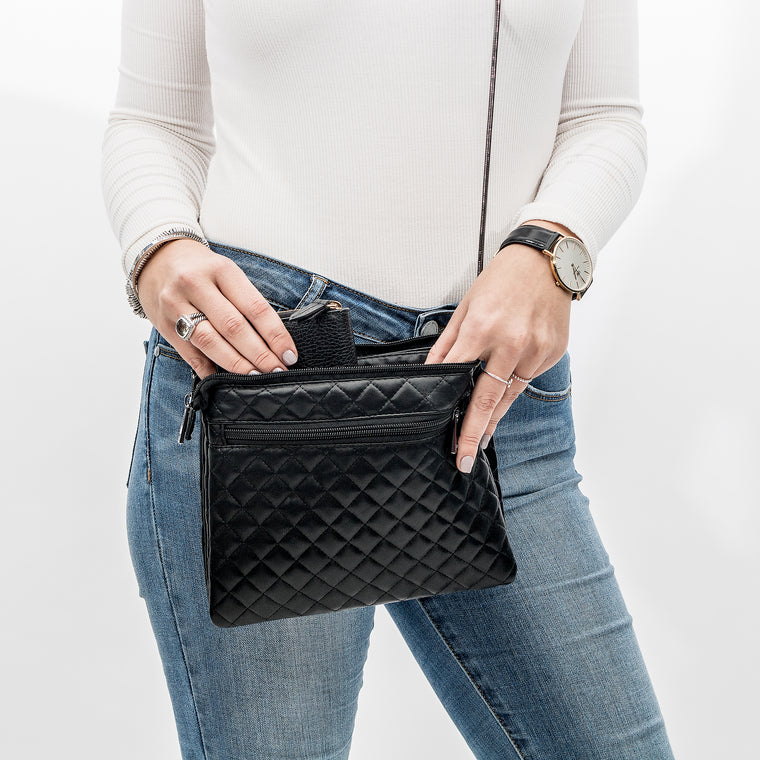 CROSS BODY WITH WRISTLET - LOLA