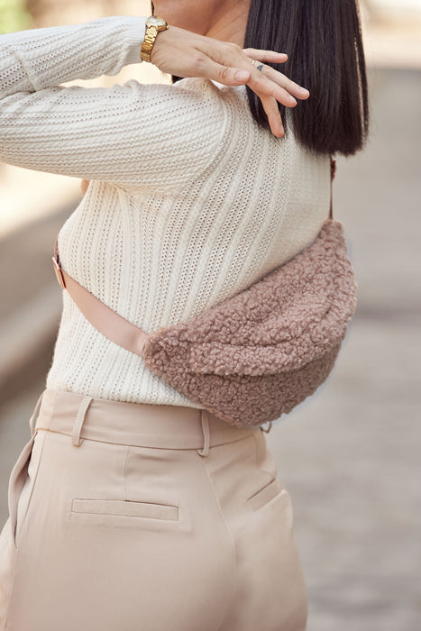 PARKER FANNY PACK - HARLOW BLUSH (teddy bear fur)