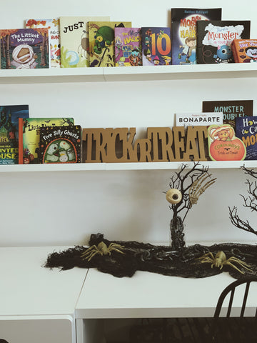 Kids Halloween Bookshelf