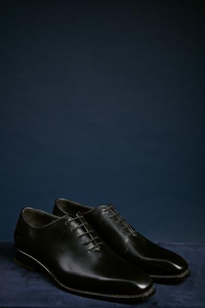 One Piece Black Leather Shoe