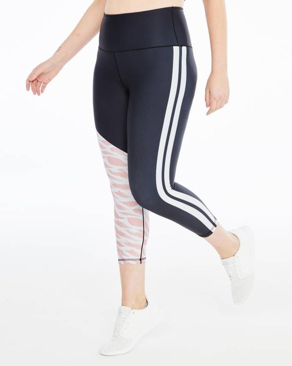 All Grévy Black ¾-Length Legging Day Won Activewear