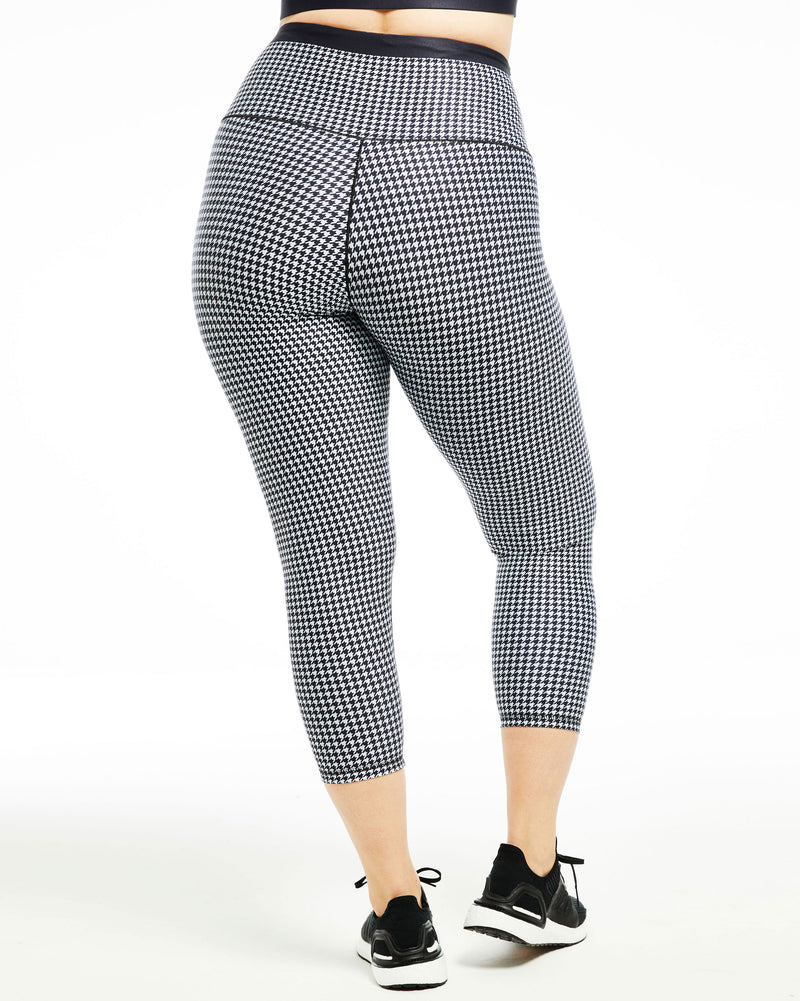 Houndstooth ¾-Length Legging