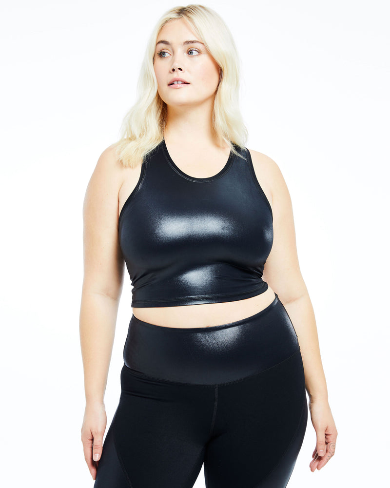 The Onyx Performance Crop