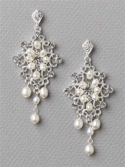 Kirstie Pearl Earrings