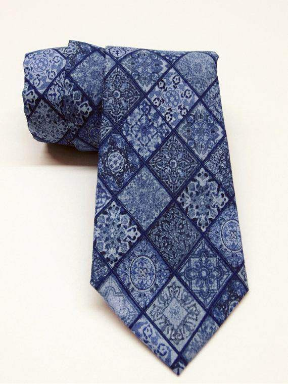 Diamond Necktie