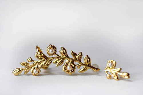 Nature Inspired Gold Floral Ear Cuff