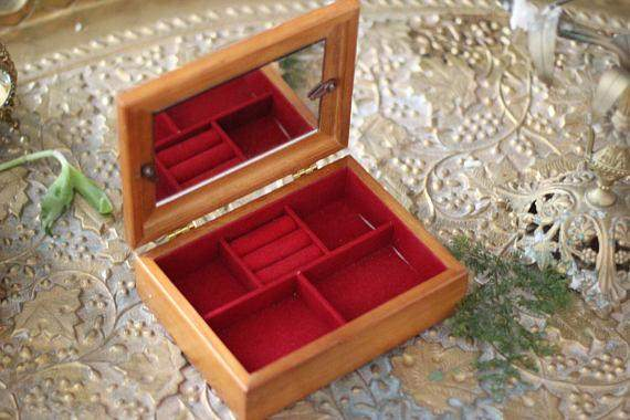 Picture Frame Wooden Jewellery Box, Framed Anique Wood Box, Vintage Trinket Box, Vintage Jewelry Box, Unique Brown Box, Red Velvet Interior
