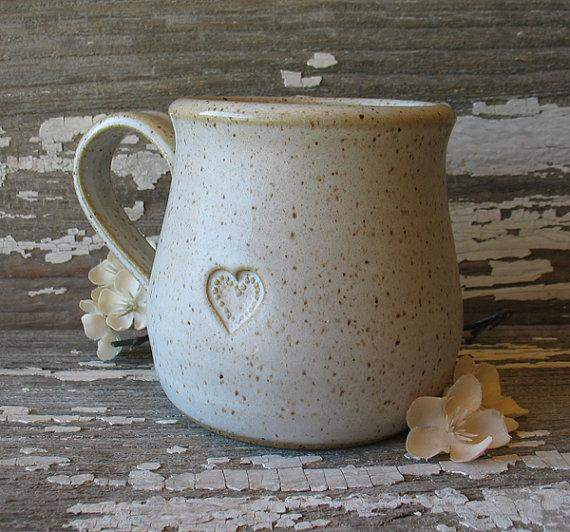 Mom Vanilla White Pottery Mug