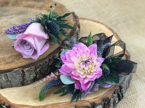 Wristlet and boutonnières for a wedding from gig morris florist in belmar, new jersey for a wedding