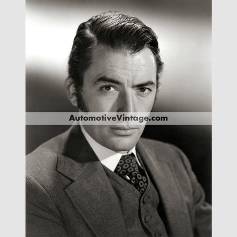 Gregory Peck Glossy Black & White Vintage Movie Star Photo 8.5 X 11