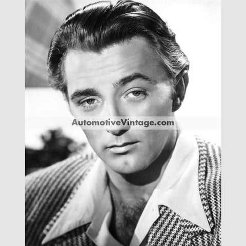 Robert Mitchum Glossy Black & White Vintage Movie Star Photo 8.5 X 11