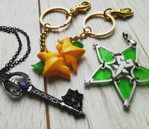Kingdom hearts paopu fruit necklace or keychain- whole or two halves! - Geek And Artsy