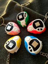 Digimon D3 digivice keychain - Geek And Artsy
