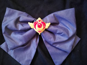 Sailor moon brooch, moon crisis compact cosplay - Geek And Artsy
