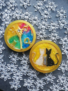 Sailor moon cats pocket mirror - Geek And Artsy