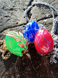 Grren Dragon egg pendant with metal filigree detailing - Geek And Artsy