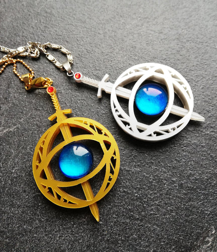 Eye of elena, throne of glass inspired necklace - Geek And Artsy