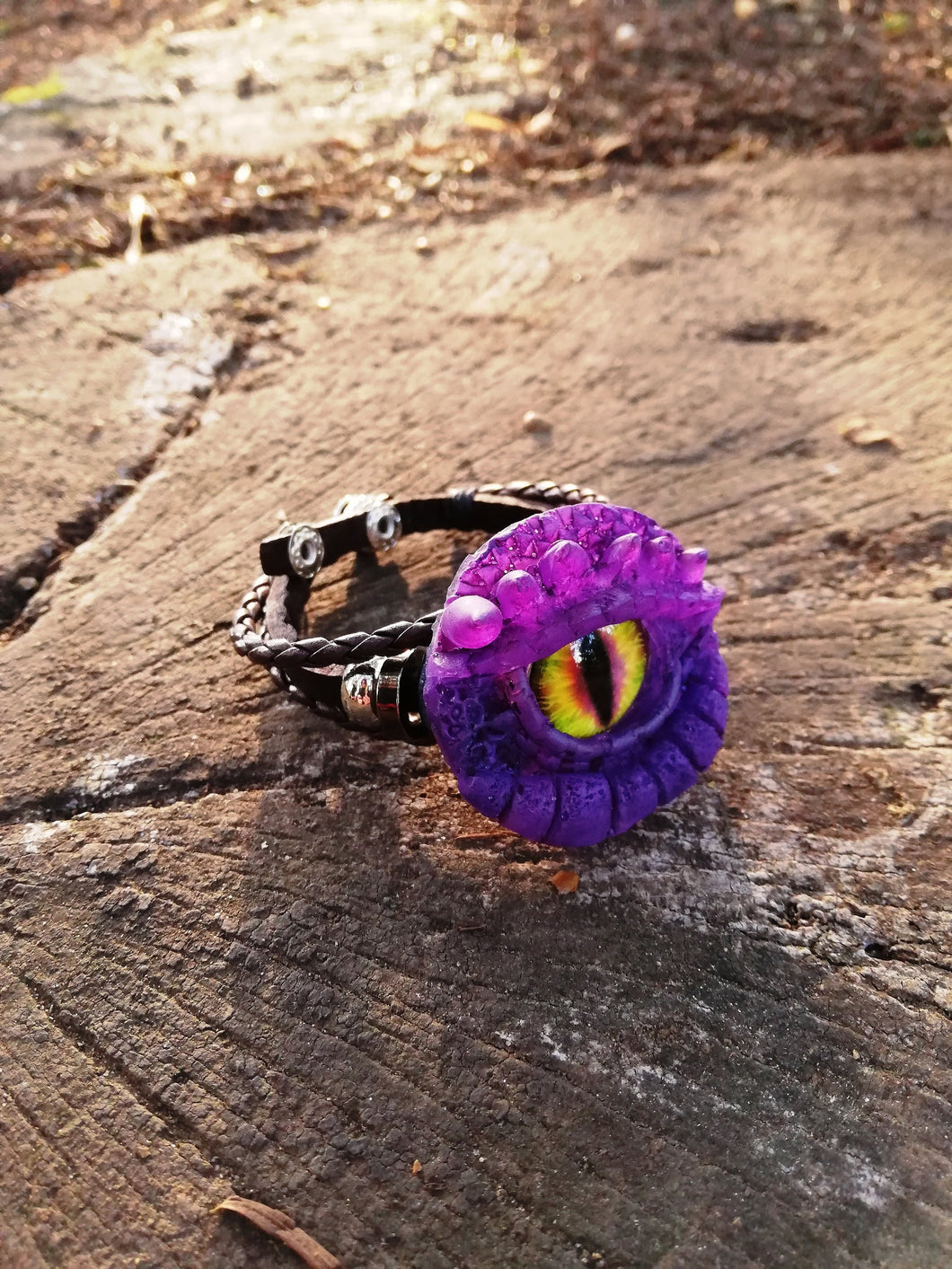 Purple Dragon eye leather bracelet - Geek And Artsy