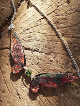 Iridescent fairy wings necklace - Geek And Artsy
