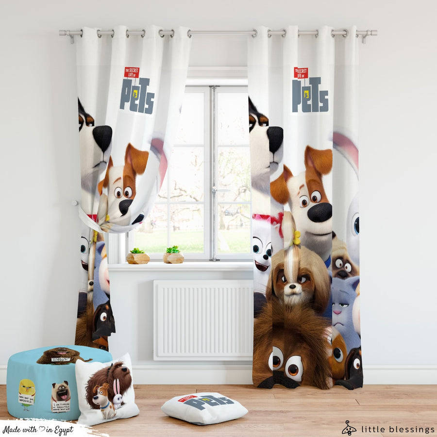 The Secret Life of Pets Curtain (Max Beginning)