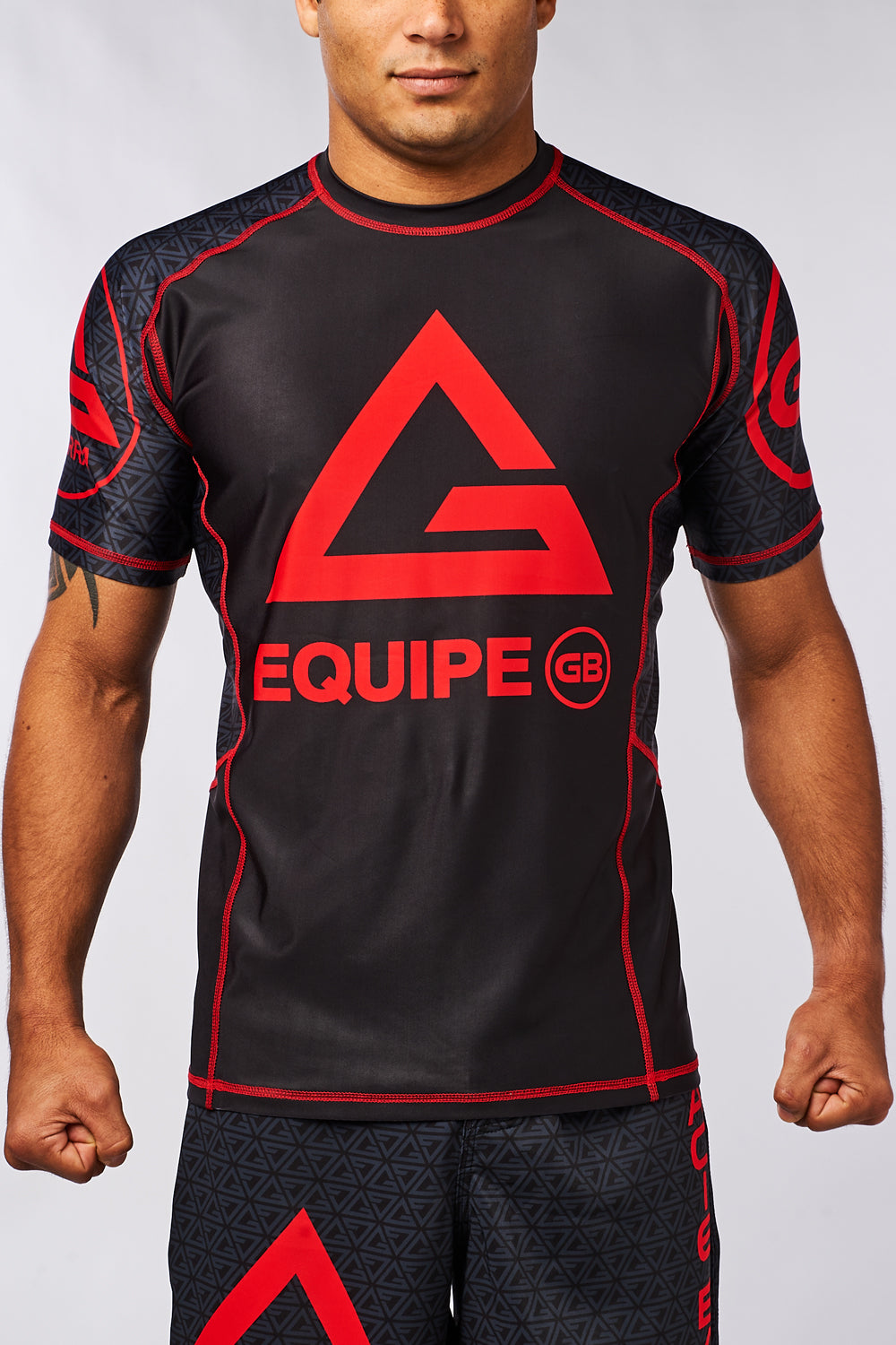 Equip Compressed Fit S/S Rashguard - Black