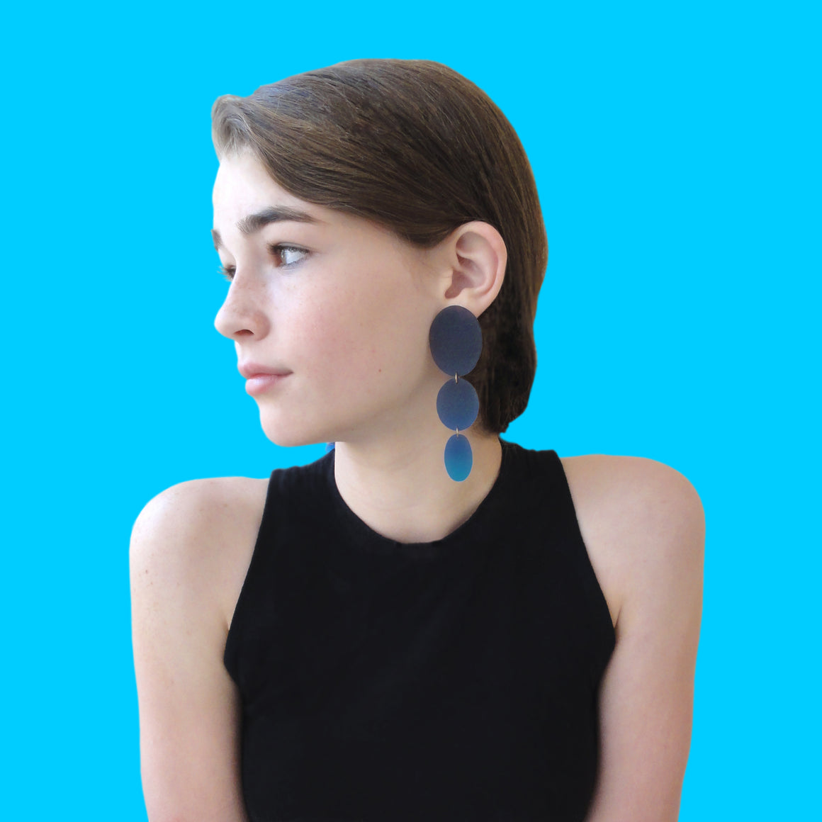 Three Drop Earring: Black-Ultramarine