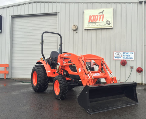 CK2610 HST Kioti Tractor and KL4030 Loader