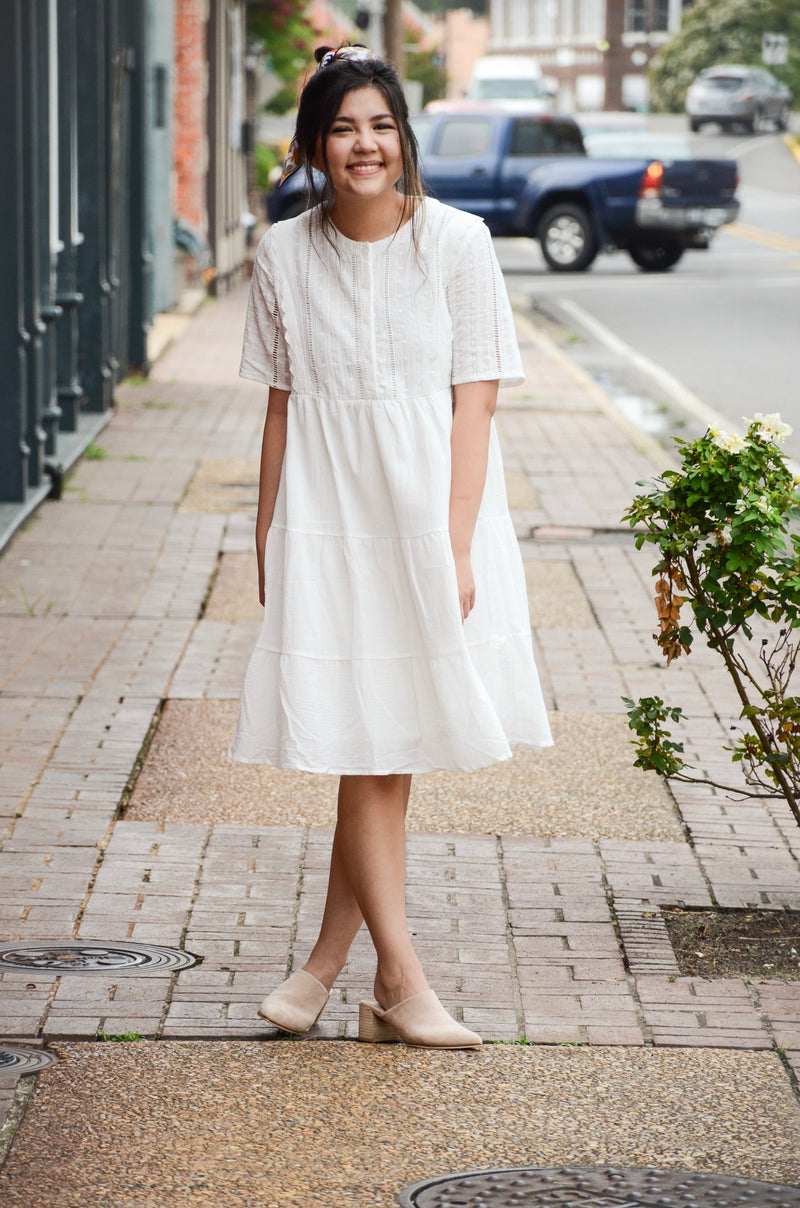 *FINAL SALE* The Courtney Eyelet Dress