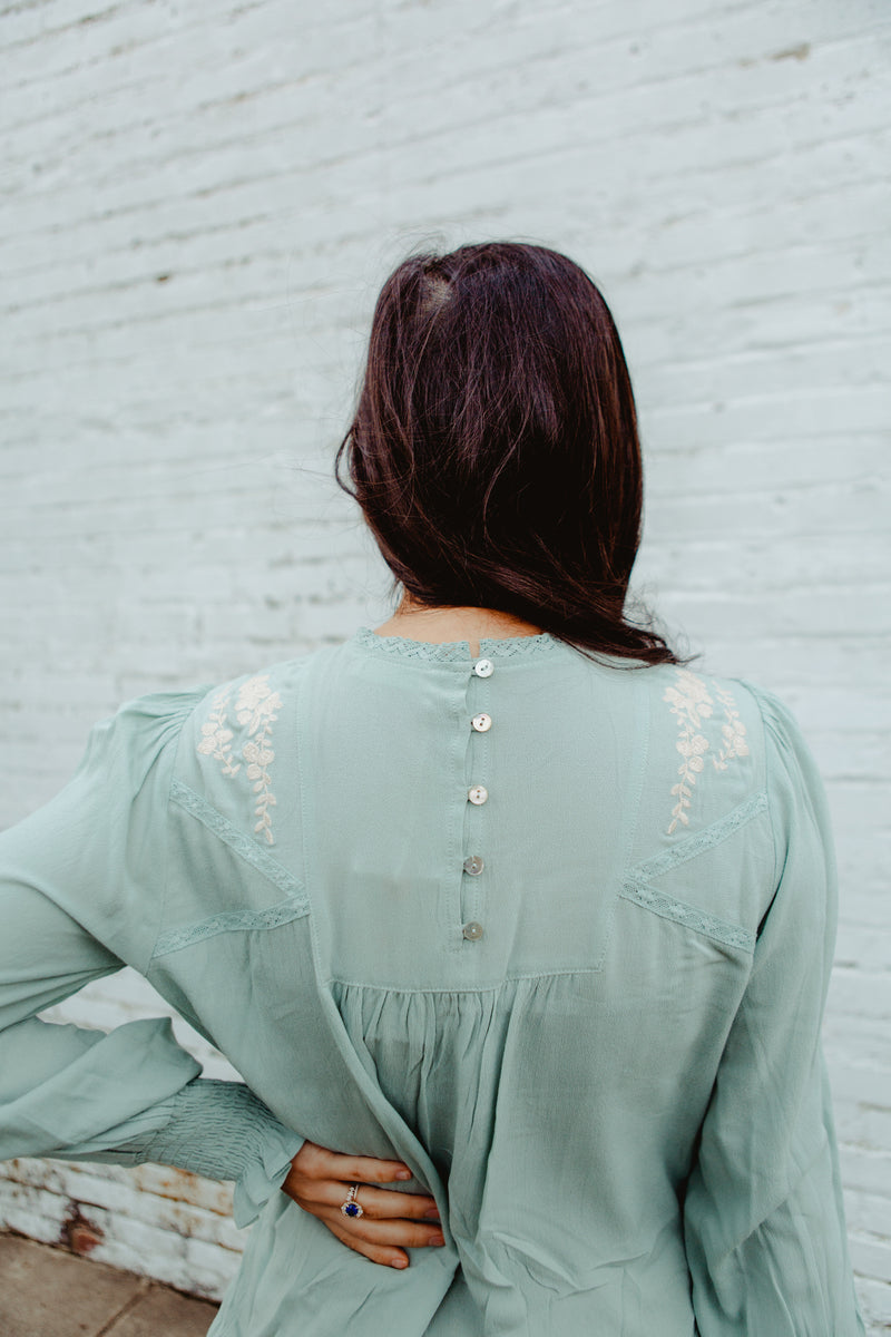 Hemingway Embroidered Blouse