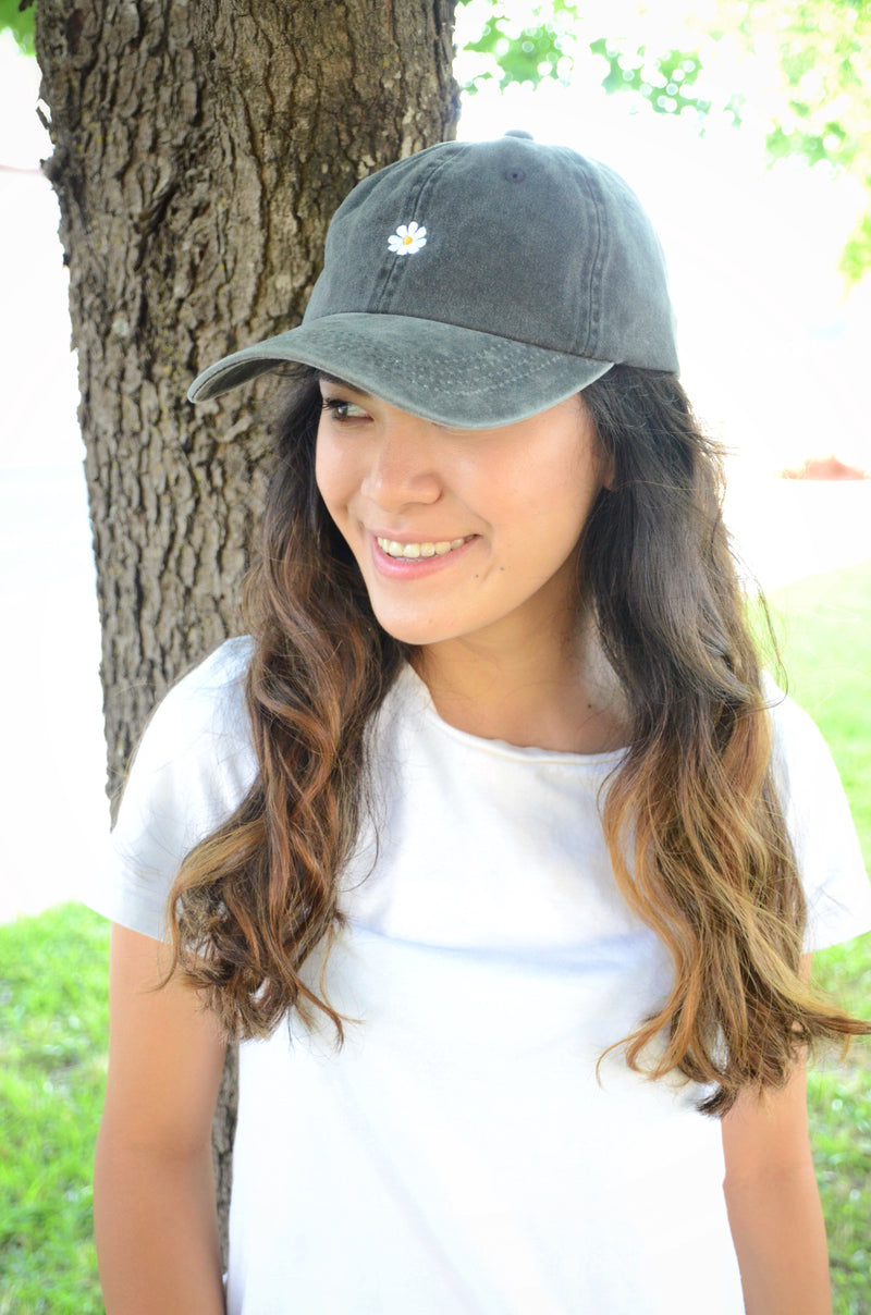 The Daisy Baseball Cap