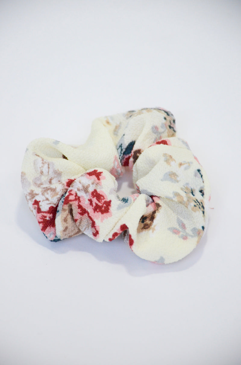 The Watercolor Scrunchie in Cream