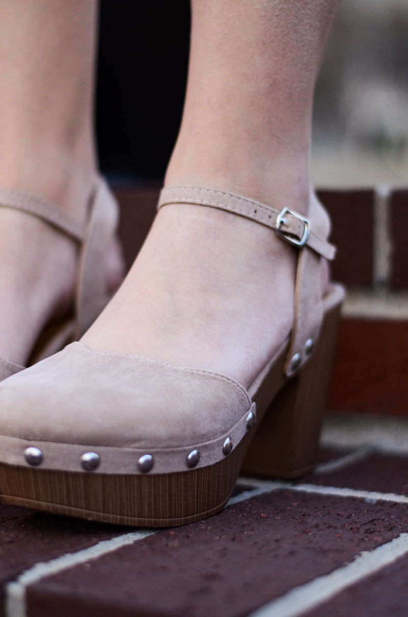 The Reyna Suede Clogs in Taupe