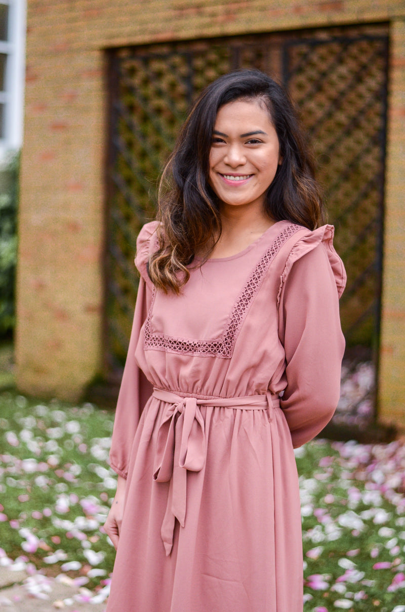 The Marissa Ruffle Dress in Mauve