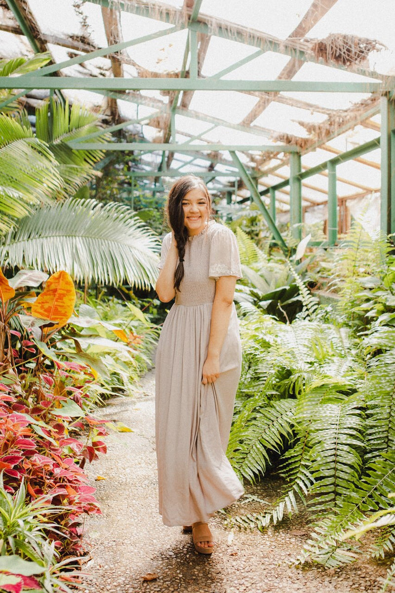 The Arely Maxi Dress in Dusty Mauve