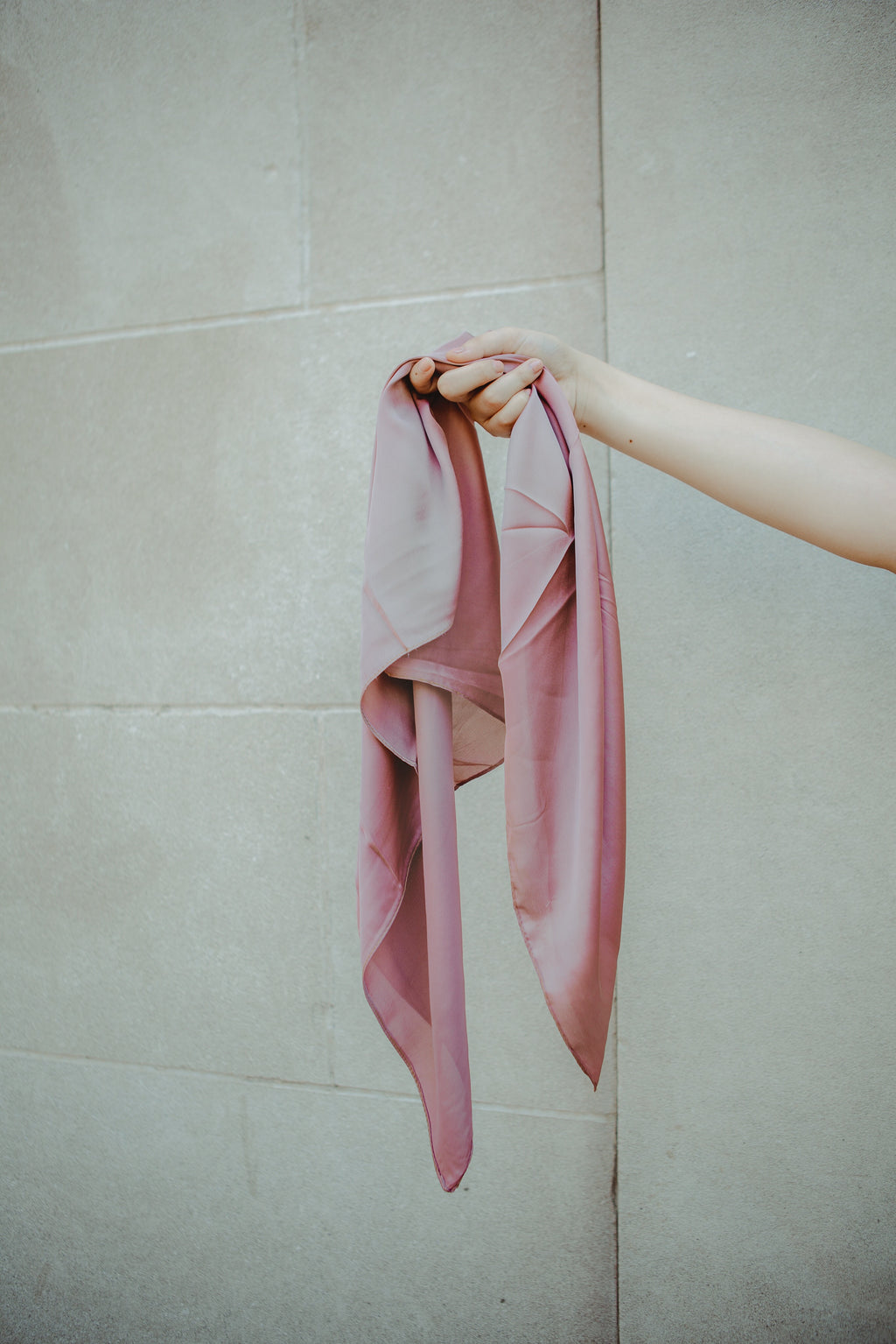 The Russell Mauve Neck Scarf