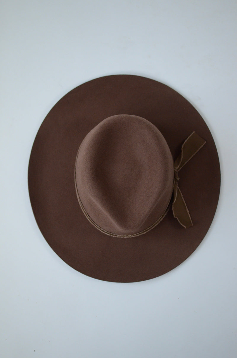The Nicole Felt Hat in Brown