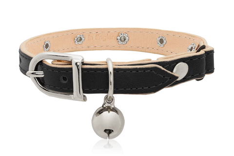 Land of Meow | Linny Linny Cat Collar Black with Silver Studs and Bell Front