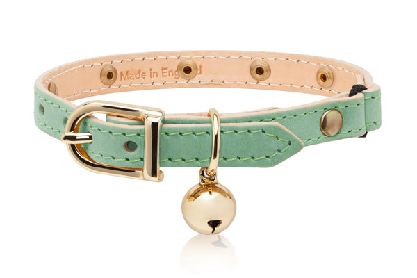 Land of Meow | Linny Cat Collar Green Swarovski Crystal with Gold Bell Front