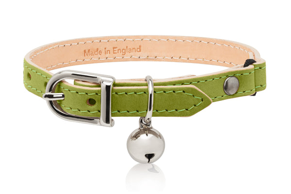 Land of Meow | Linny Cat Collar Lime Green with Silver Bell Front