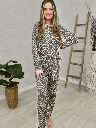 Home In Style Lounge Set-Women's -New Arrivals-Runway Seven