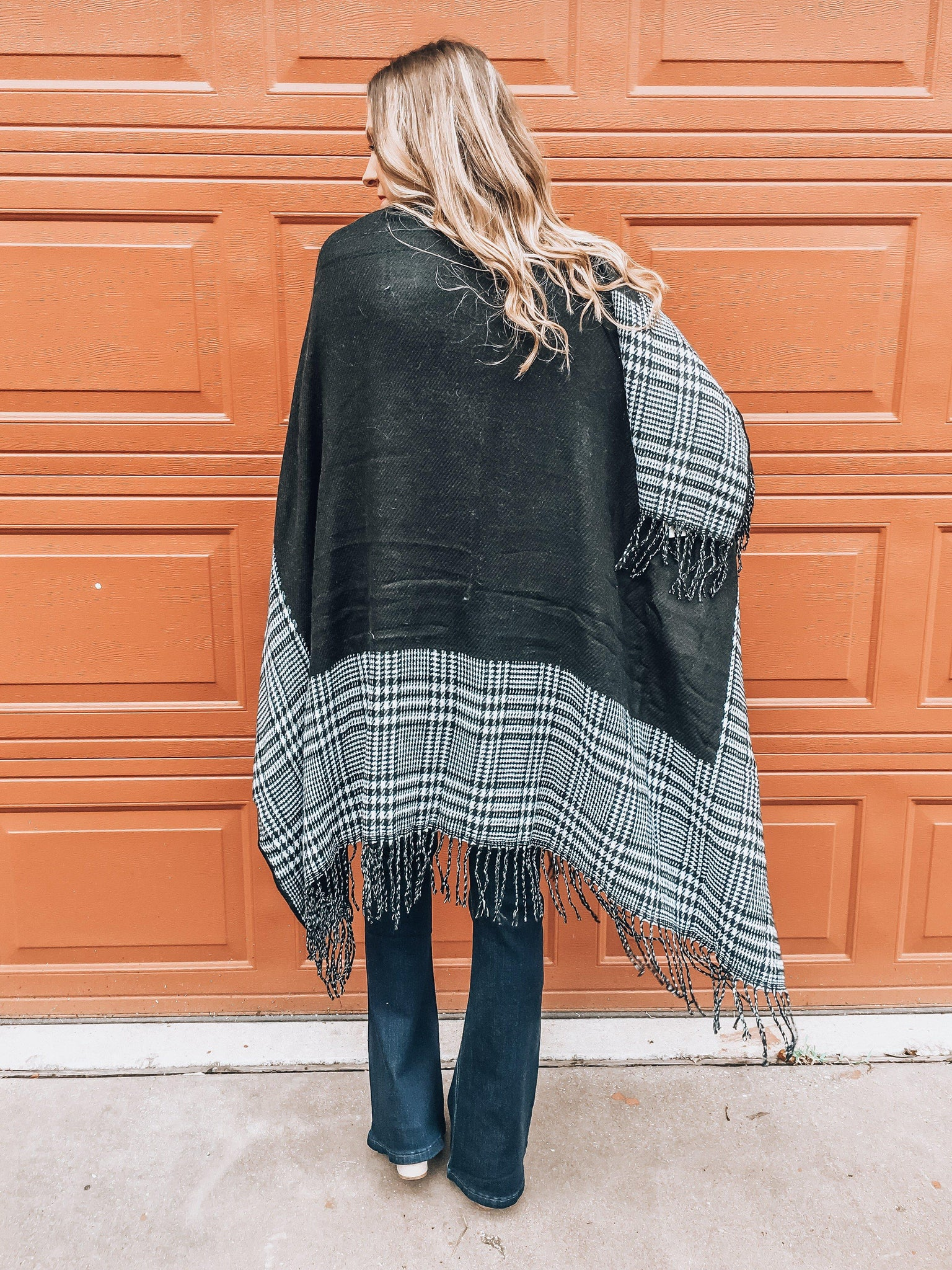 Striking In Houndstooth Poncho