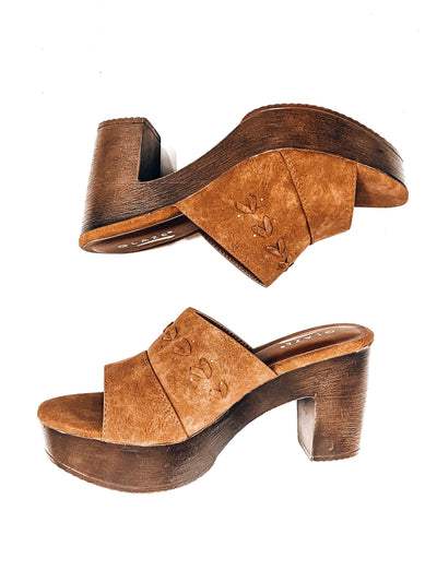 The McKenna-Women's SHOES-New Arrivals-Runway Seven