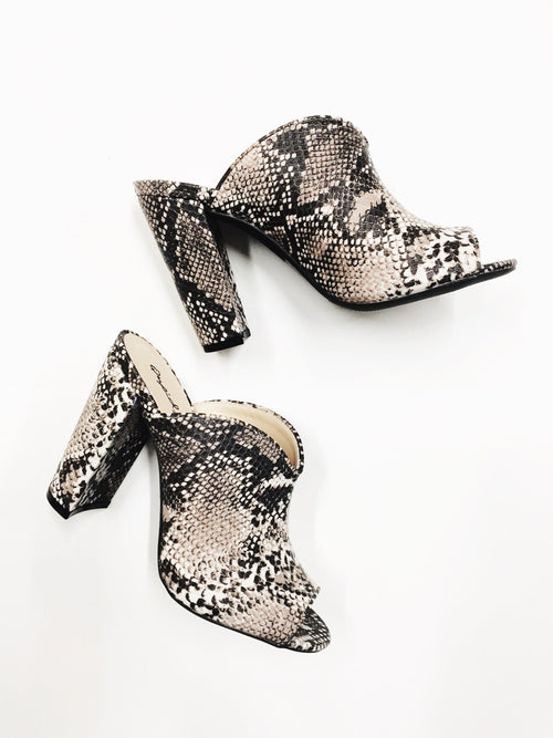 The Selena-Women's SHOES-New Arrivals-Runway Seven