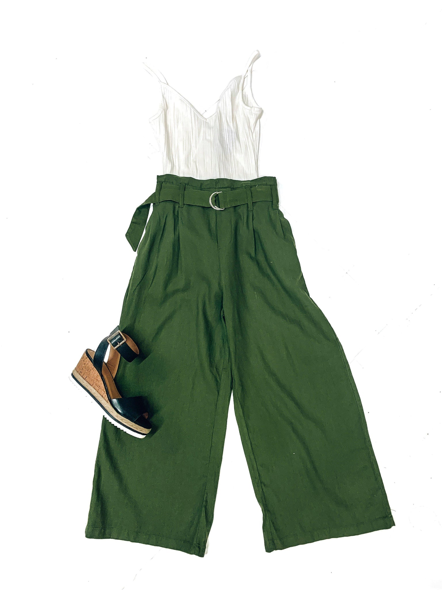 Right On Cue Linen Pants-Olive