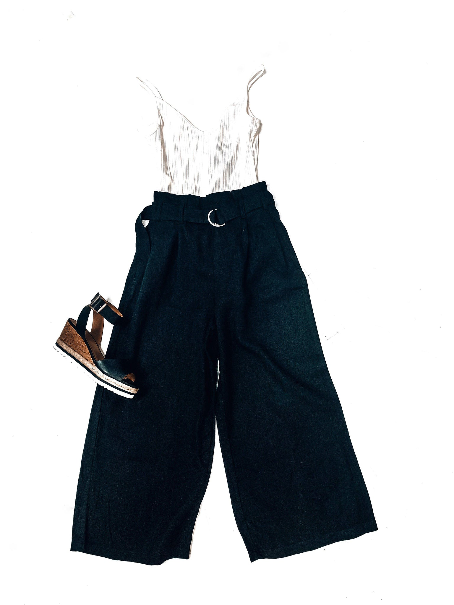 Right On Cue Linen Pants-Black