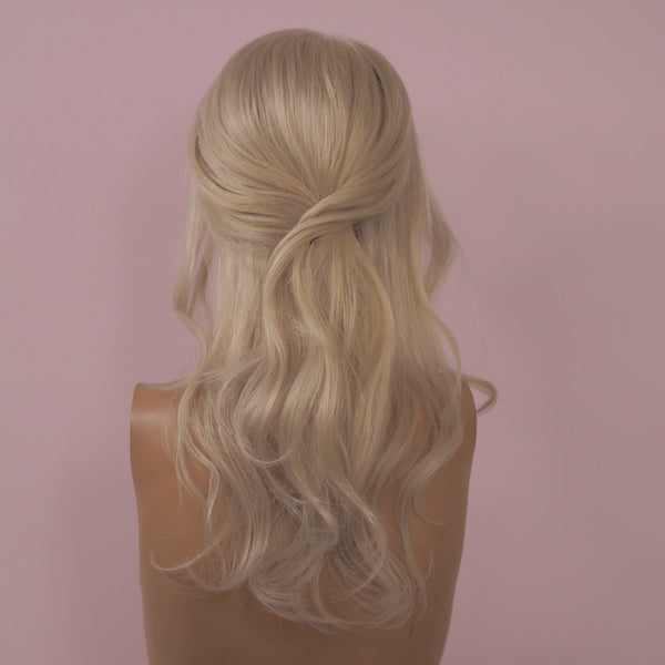 Minessota - Full lace / 16 inch / 130 % Volume / Small / Virgin Hair